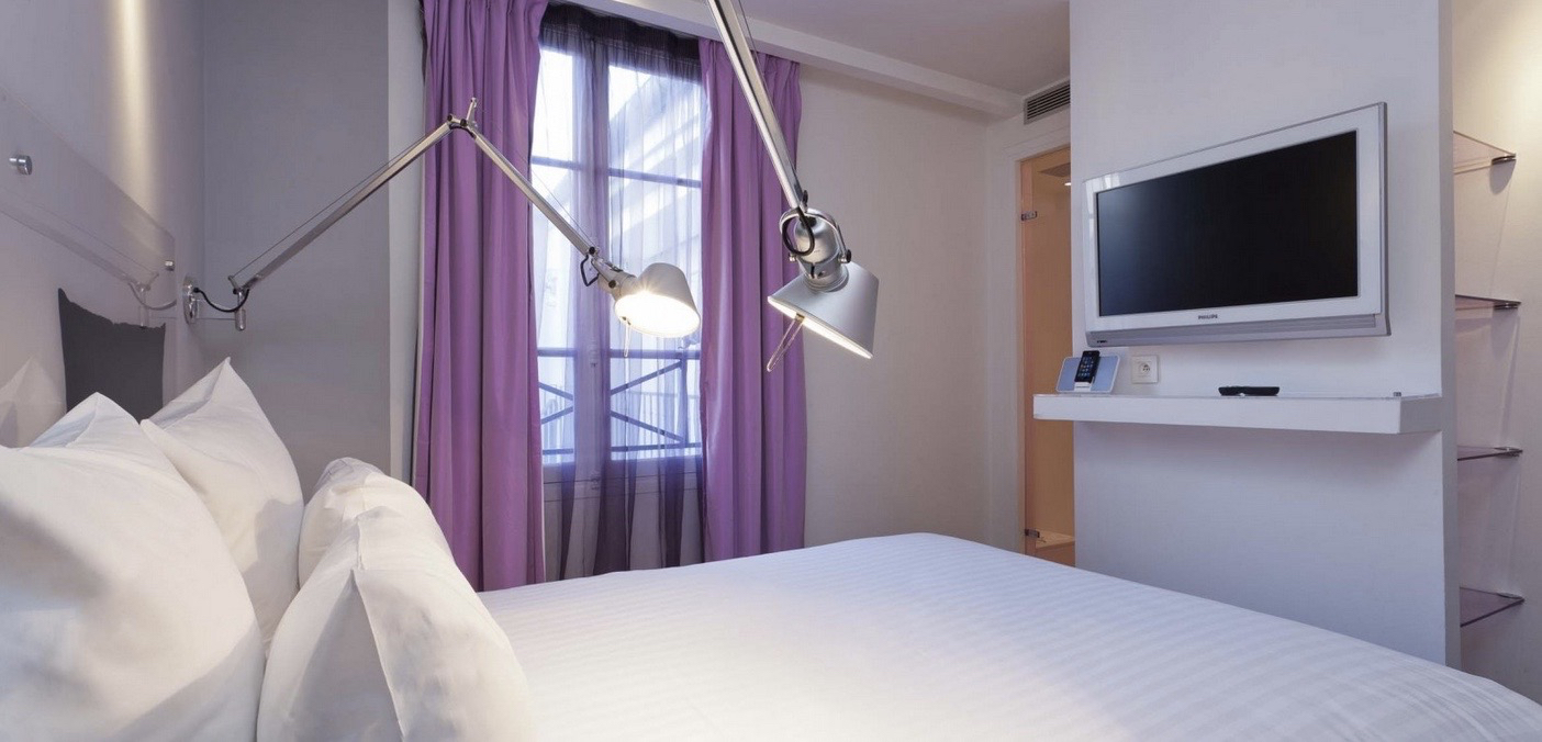 Color design hotel hip shelters for nomads places you for Color design hotel